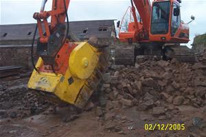 Digacrusher 900 Rubble Crushing Concrete Crushing
